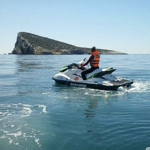 Alquiler de motos de agua en Benidorm